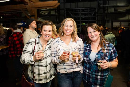Craft Beer Cottage Party Mar 3 2018 55